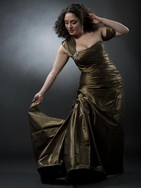 Grön klänning Negar Zarassi