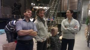Sara, Johan och Henrik bakom scen